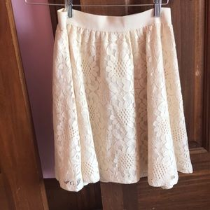 Cream/beige lace skater skirt- like new condition!